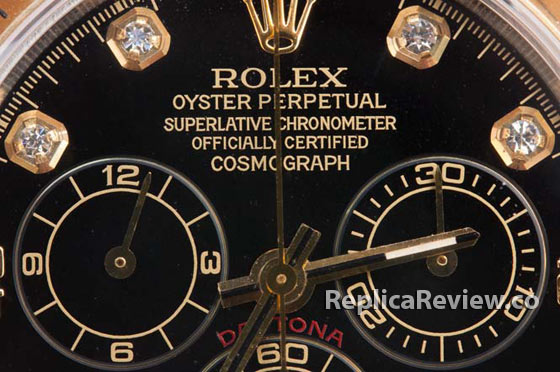 rolex crown and writings on the dial of imitation watch