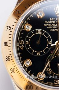 case and bezel of Rolex Daytona Knockoff