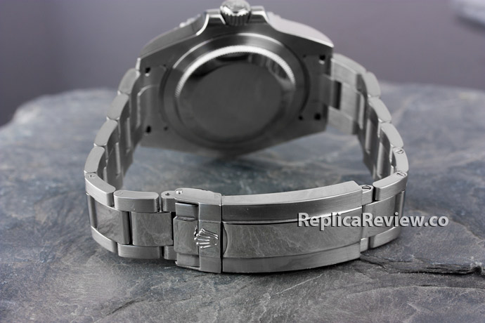 steel case, band and clasp of rolex imitation watch